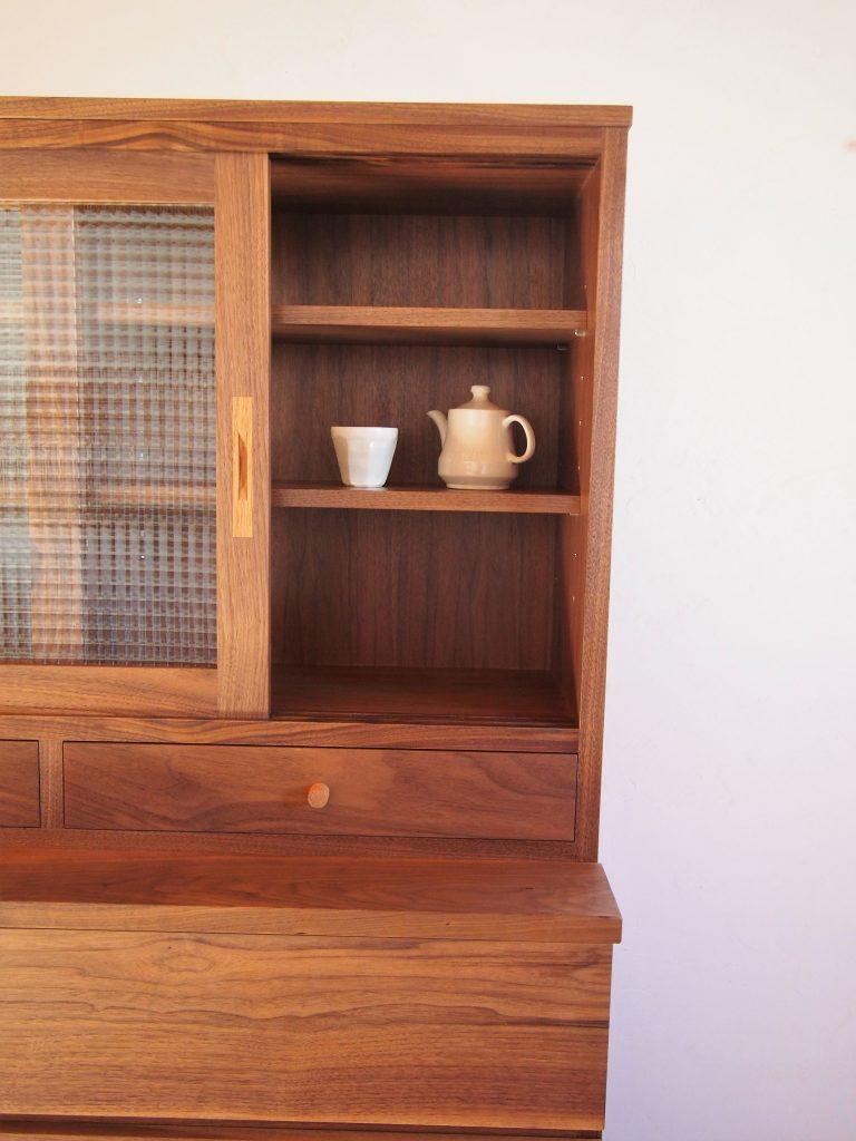 食器棚8の写真